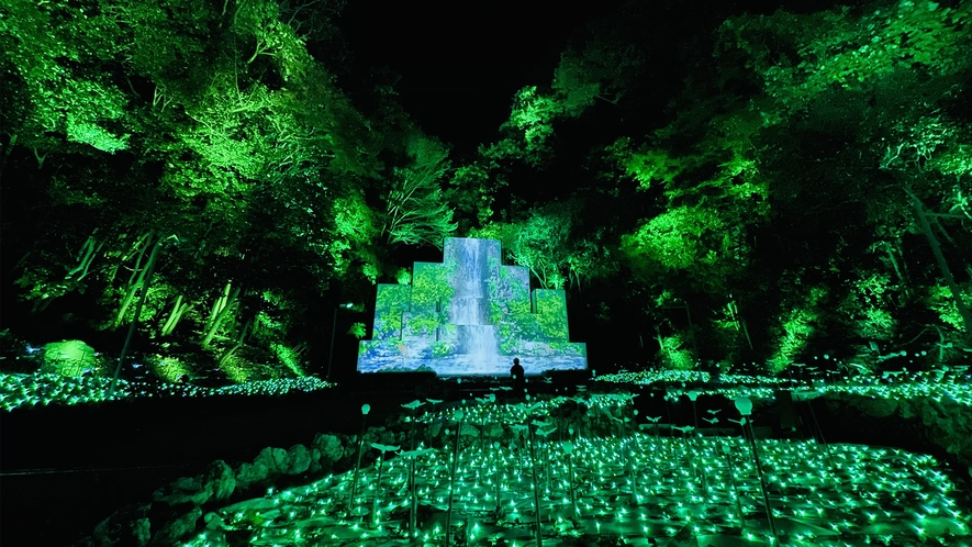 【Nesta Illumina】地形を活かし四季が織りなす美しさを輝く光で表現した「大自然の四季」