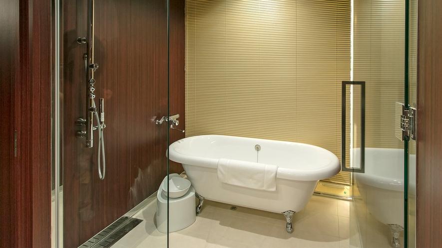 クラブルーム バスルーム一例