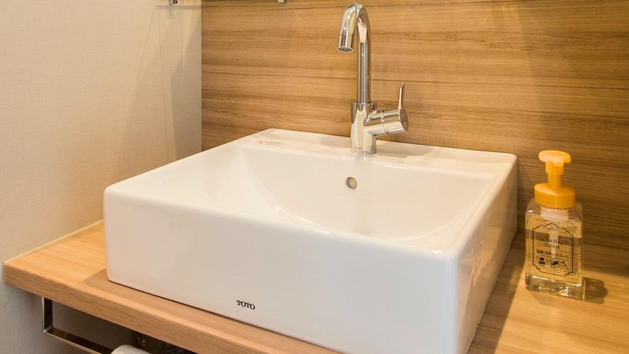 ゆったりスペースの洗面台