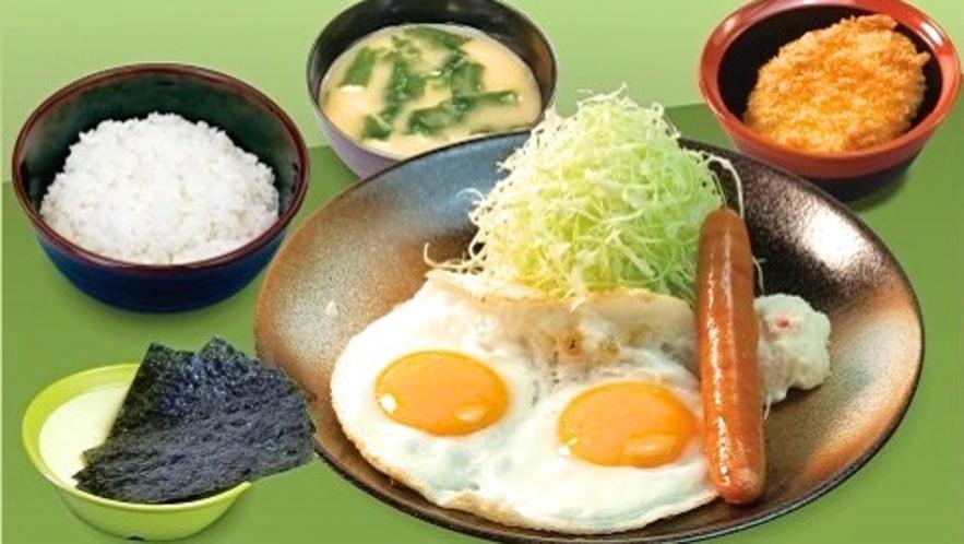 「とんかつ松のや」選べる特製朝定食『ソーセージエッグ定食』(朝5時~11時)