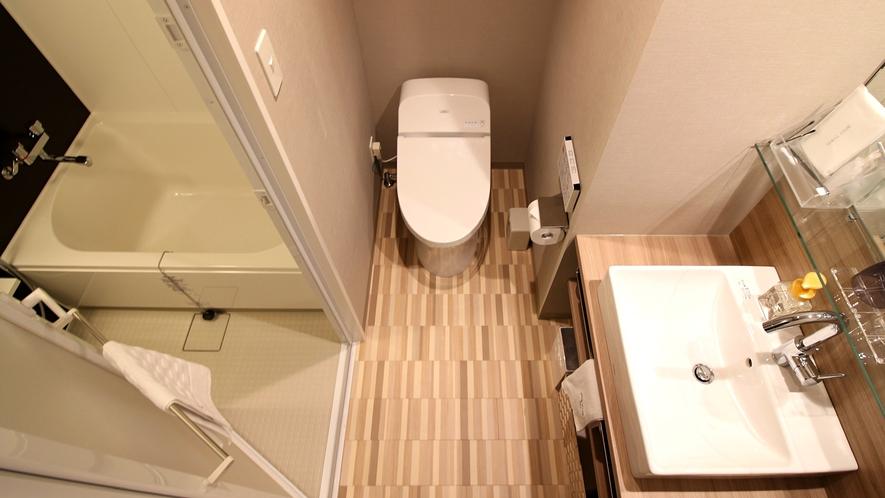 モデレートダブル・スーペリアダブルのバス、トイレ、洗面台