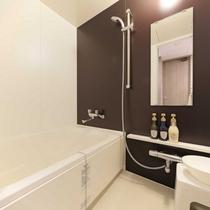 全客室、洗い場付きのバスルーム