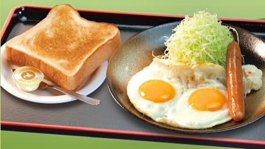 「とんかつ松のや」選べる特製朝定食『ソーセージエッグセット』(朝5時~11時)