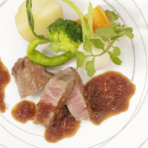 お食事一例 洗練されたお肉料理を