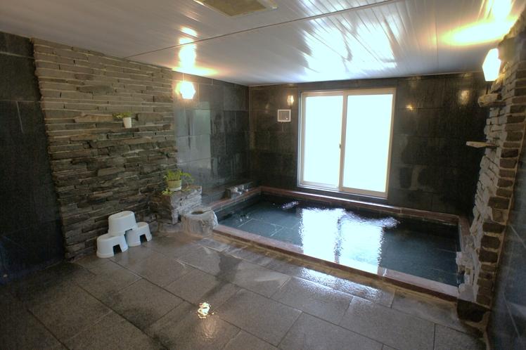 貸切風呂(人工温泉/麦飯石風呂)