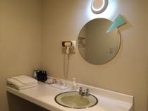 ダブルのお部屋の洗面台 一例