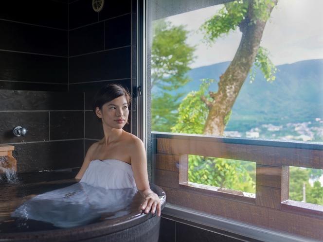 【客室半露天風呂】
