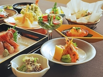 【ご夕食一例:くまげらプラン】彩り豊かなお料理。職人が一品一品心を込めて丁寧に仕上げております。
