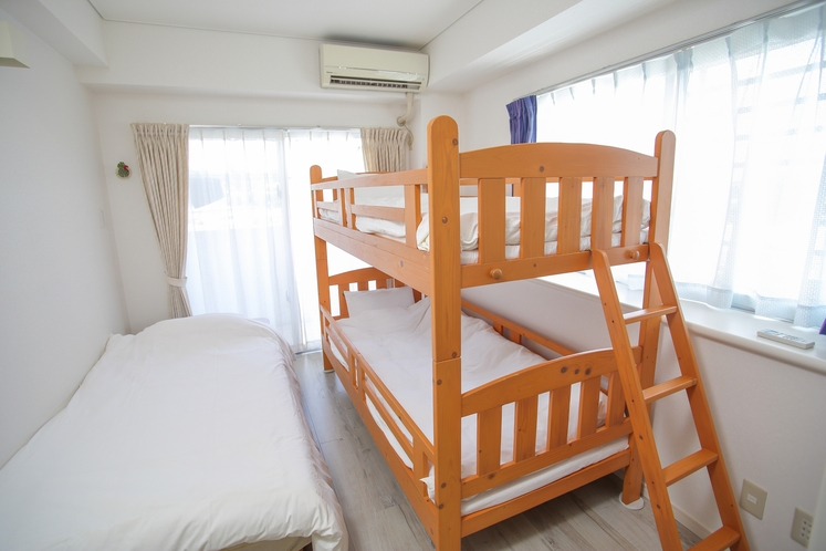 ファミリールーム 2段ベッド