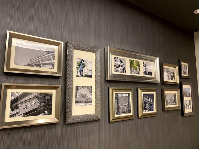 横浜の景色が撮影されたアートワーク。