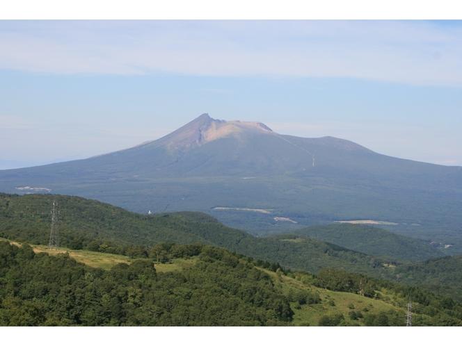今でも噴煙を上げる活火山、駒ヶ岳