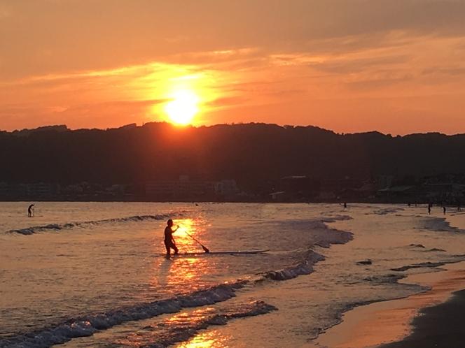 宿からは一年中沈む夕陽が楽しめます♪