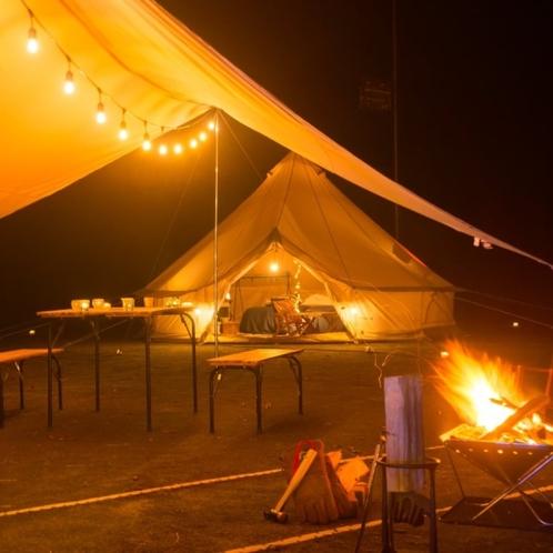 グランピング 夜 ナイトキャンプ