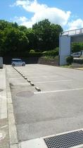 ★レストイン多賀横駐車場(普通車ミニバンなど13台分)★専用ではございません。