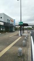 ★バイク駐車場★※現在修理完了 多賀SA下り線 別アングル