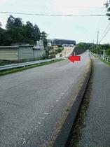 多賀SA一般道無料駐車場(ぷらっとパーク)門(写真中央に看板あり)