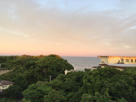 ビアガーデン風の屋上で海を見ながらのバーベキュープラン!!2食付き