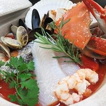 *海鮮鍋/今年はトマトソースをベースにした洋風海鮮鍋です!