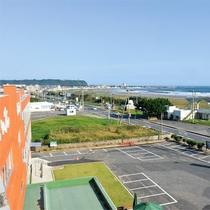 *ホテルからの眺め/目の前には太平洋の大海原。視界をさえぎるものはありません!