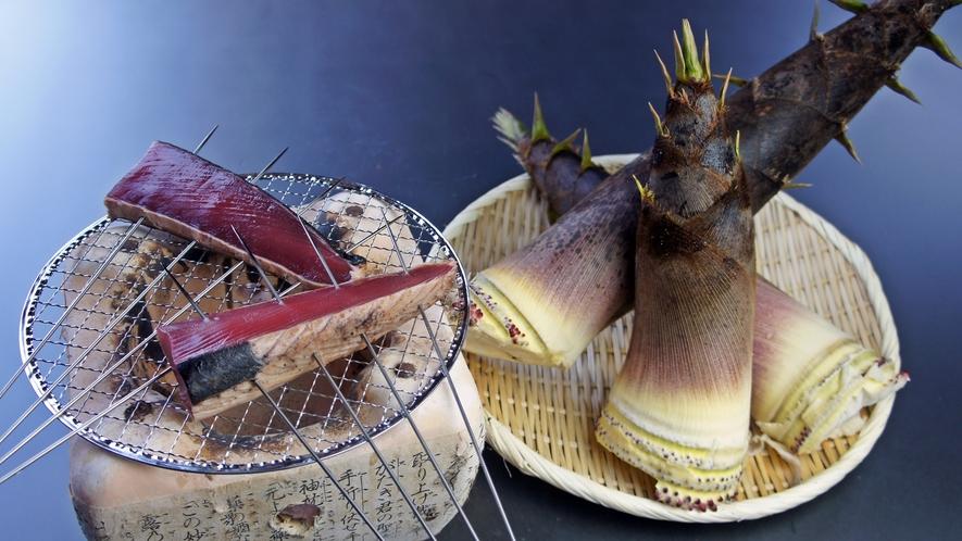 *料理一例/さっぱりとした味わいの初鰹と柔らかな食感の夏たけのこ、旬の味です!
