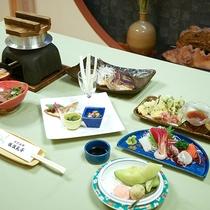 *夕食一例/近海産の鯛を使用したお料理など海の幸をたっぷり味わえお料理