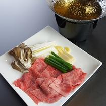 *料理一例/上越ブランド牛のくびき牛を使ったしゃぶしゃぶです。とろける味わいをぜひ!