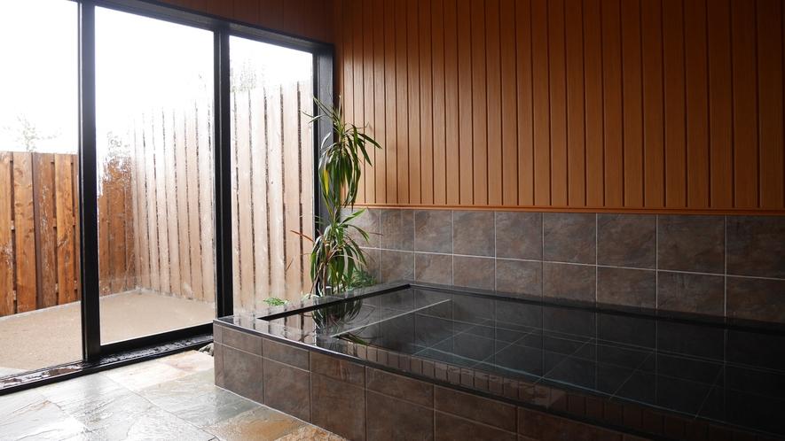 *お風呂/温泉ではございませんがごゆっくりおくつろぎ下さい。