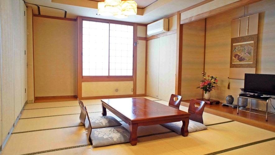 *広間を仕切った14畳の和室/平日のみご利用可能です。
