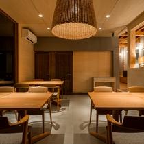 レストラン夜-内装