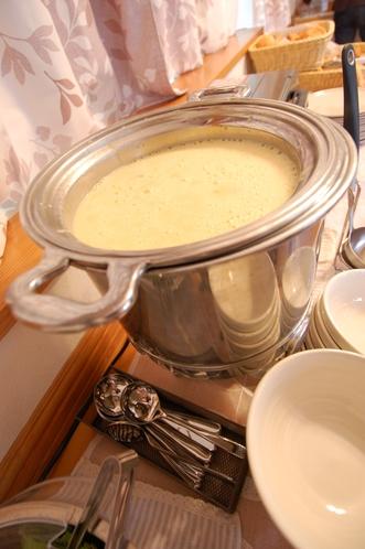 長野県産 高原野菜と当館オリジナルスープをご賞味ください