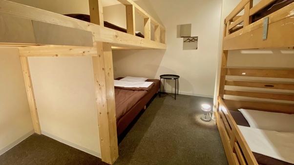 ベッド個室(3名様予約用)