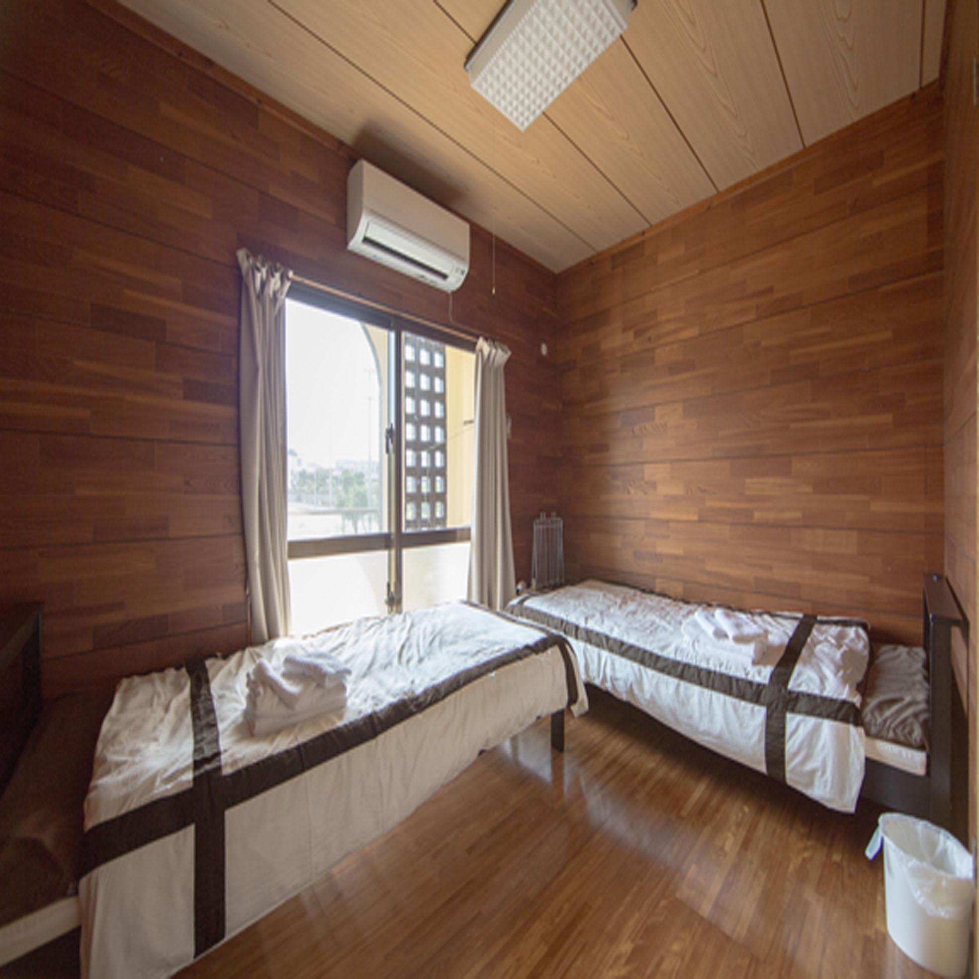 202号室 寝室