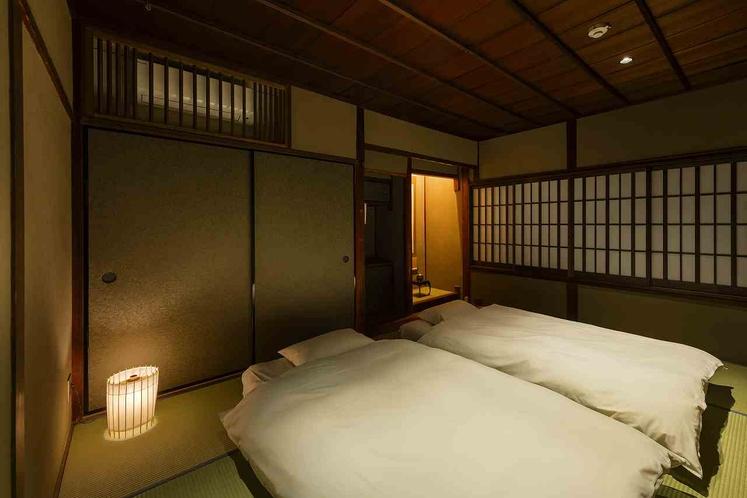 古き良きを感じさせる伝統的なしつらえの和室。