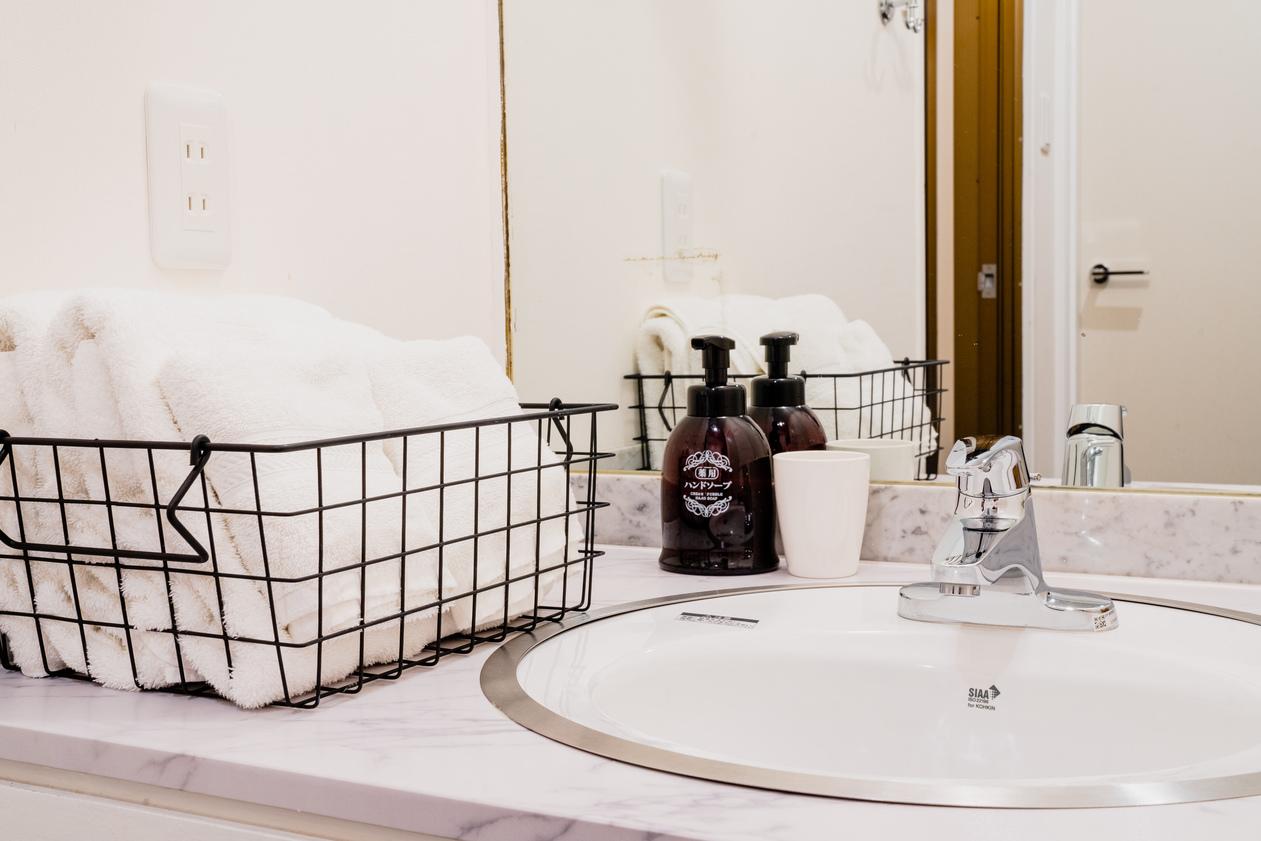 ツインルルーム洗面所一例(1)