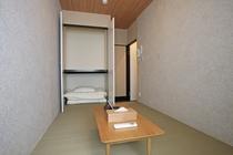 個室スモールルーム(お風呂・トイレ共有)②