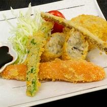 *マクロビオティック料理一例/サクっと美味しい、季節ごとの旬の山の幸を使った揚げ物。
