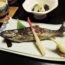 *夕食一例/その土地の旬のものを食す贅沢。里山のごちそうをお召し上がりください。