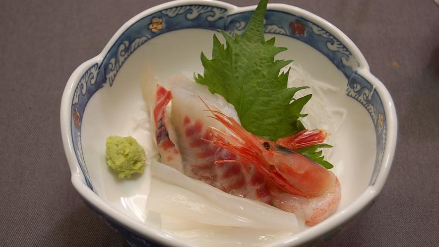 *【夕食一例】鮮魚のお造り