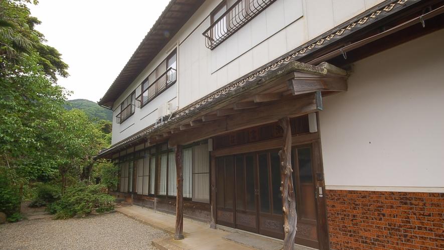 *【宿外観】伝統を感じさせる日本家屋