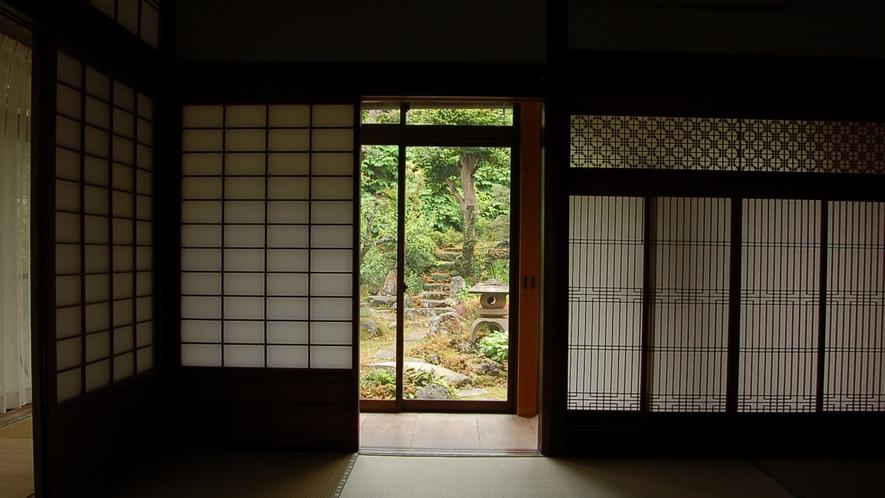 *【大広間】窓からは庭園をご覧いただけます