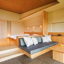 2段下がったリビングスペース。美ら海の景色をソファーはもちろん、ベッドで寛ぎながらもお愉しみ頂けます