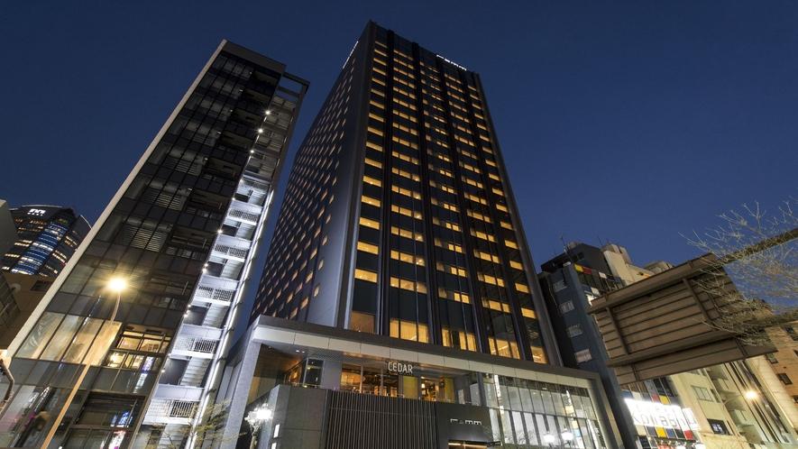 ホテル外観〈夜〉(イメージ)