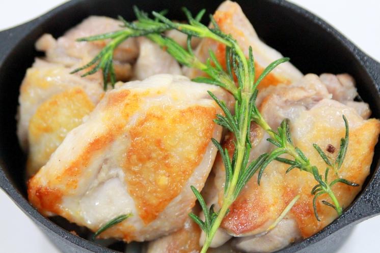 いわい鶏のハーブ焼き