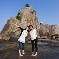 【橋杭岩】名勝『橋杭岩』観光は、ホテルから車約10分です。