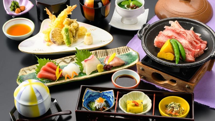 お造り、天ぷら、牛陶板焼きなどの和食御膳(画像はイメージです)