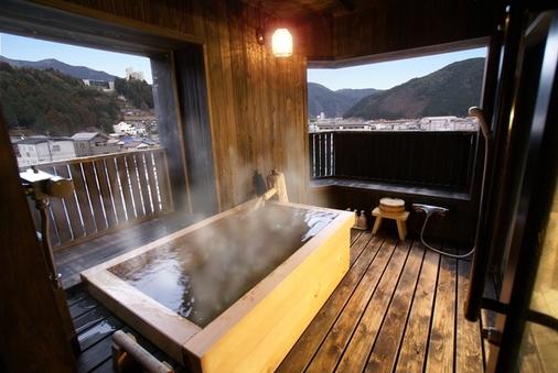 【森山館】ヒノキ露天風呂付客室