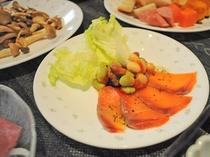 【夕食】洋食コースのサーモンカルパッチョ