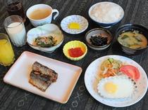 【朝食】和食の一例