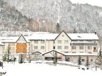 【外観】冬は綺麗な雪景色に囲まれます