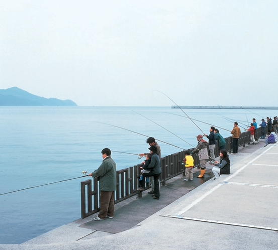 【海釣り公園】豊かな天然魚の宝庫☆